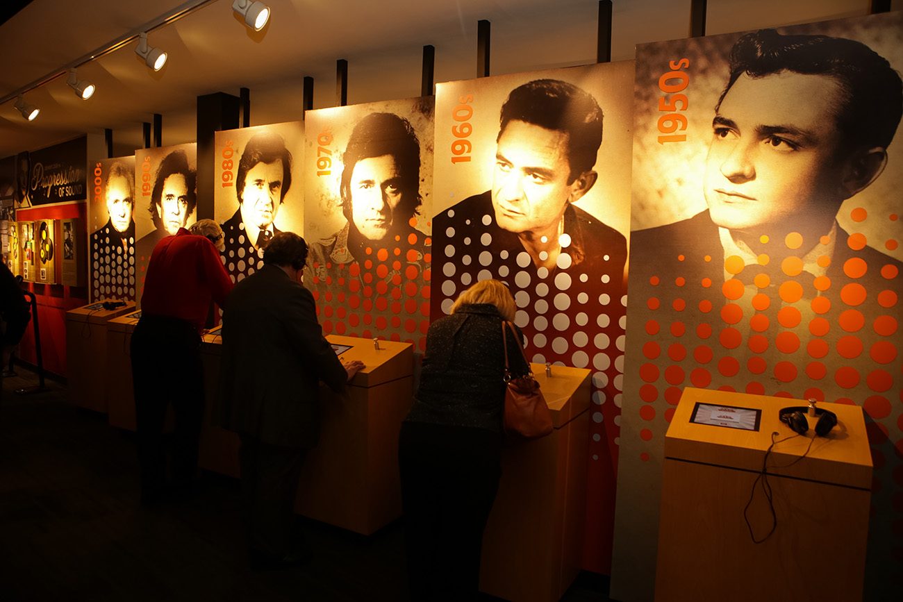 Johnny Cash Museum, Follett School Solutions